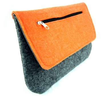 Orange clutch, kopertówka z filcu