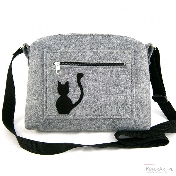 Small bag & cat on pocket